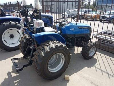Минитрактор Solis 20 на индустриальных колесах